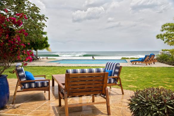 wave_garden_beach_pool_cc