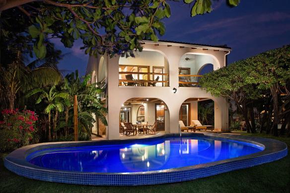 hacienda_colorado_twilight_pool_cc_hero