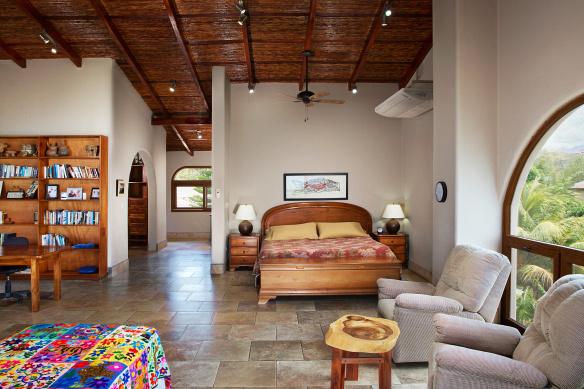 hacienda_colorados_master_bedroom_1_hero