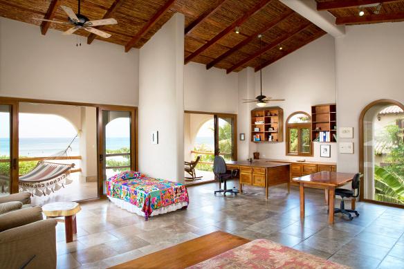 hacienda_colorados_master_bedroom_part-2_cc_1_hero
