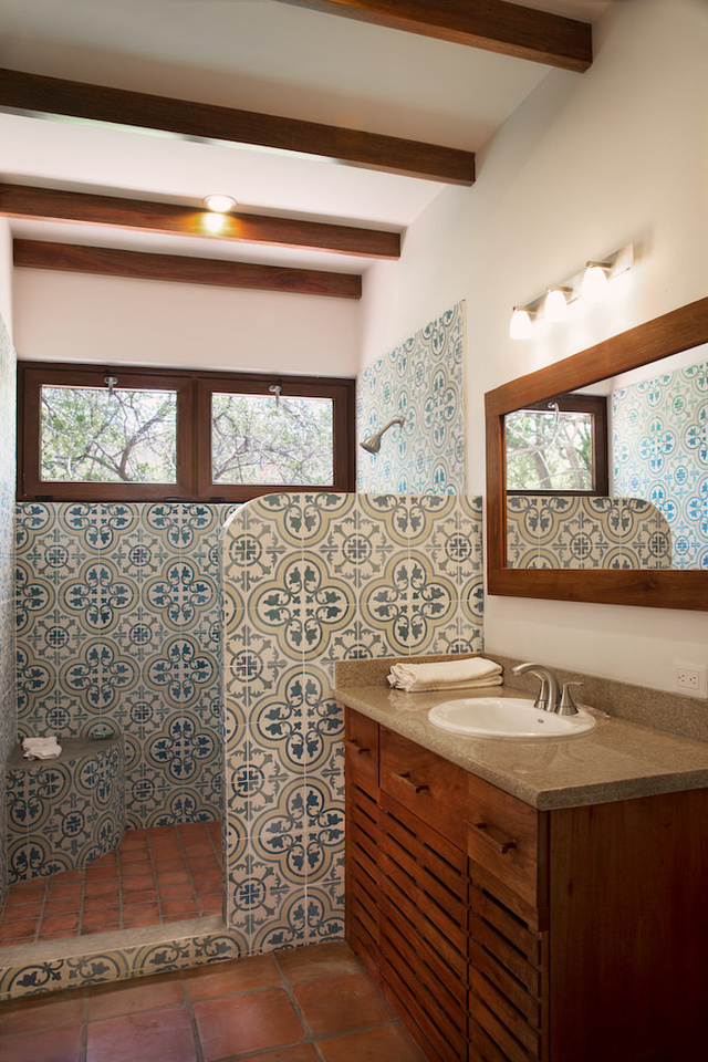 Villa Colorados_Master_Bathroom_CC
