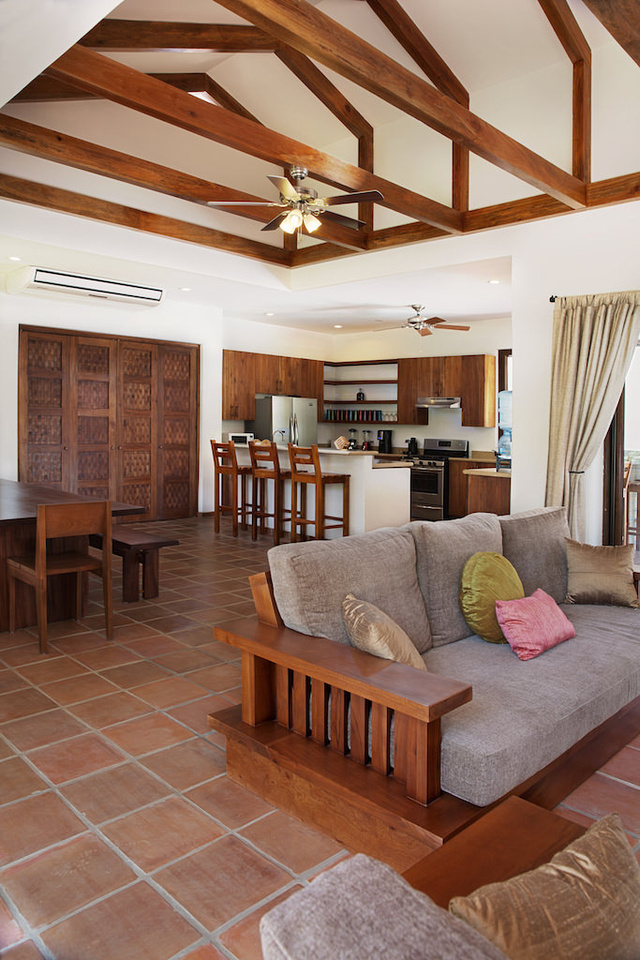 Villa Colorados_Kitchen_Dining_CC